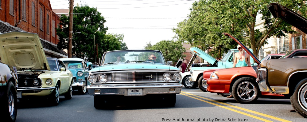 Kuppy's Cruise-in 2011 (1/3)